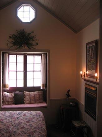The Wood Room at Crystal River Inn