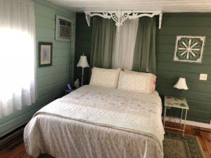 Garden Suite in Little House