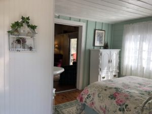 Garden Suite in Little House